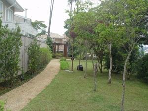 http://www.imobiliariapinheiro.com.br/fotos_imoveis/10224/13.jpg