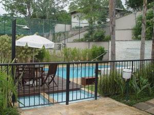 http://www.imobiliariapinheiro.com.br/fotos_imoveis/10224/14.jpg