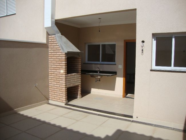 http://www.imobiliariapinheiro.com.br/fotos_imoveis/10333/DSC09542.JPG
