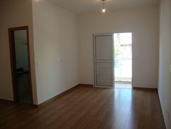 http://www.imobiliariapinheiro.com.br/fotos_imoveis/10333/DSC09546.JPG