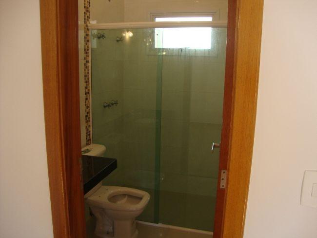 http://www.imobiliariapinheiro.com.br/fotos_imoveis/10333/DSC09550.JPG